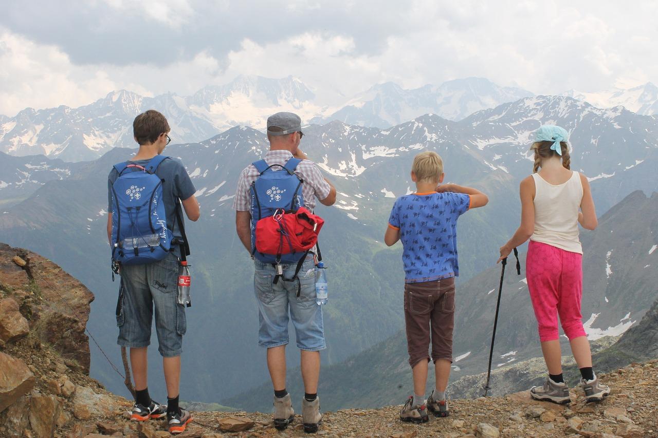 Wandern verbindet die Familie
